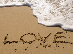 love writing in the sand